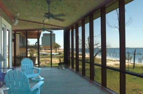 sustainable-architecture-pensacola-florida-10925-seaglade-13