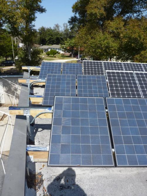sustainable-architecture-pensacola-warrington-florida-3460-barrancas-05-solar-array-a