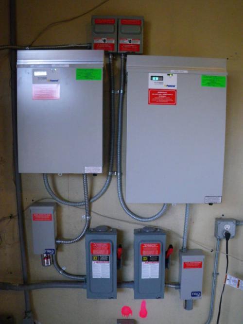 sustainable-architecture-pensacola-warrington-florida-3460-barrancas-08-solar-inverter-a